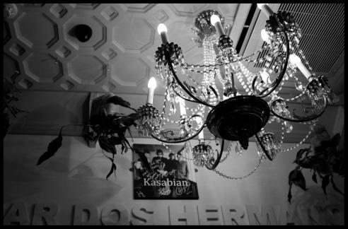 Chandelier in Bar Dos Hermanos, Clarendon Park, Leicester